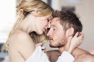 Parmak Isırtan Orgazm İçin Pozisyon Üstüne Pozisyon